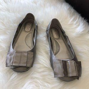 Me Too Lilyana metallic/pewter Leather Flat